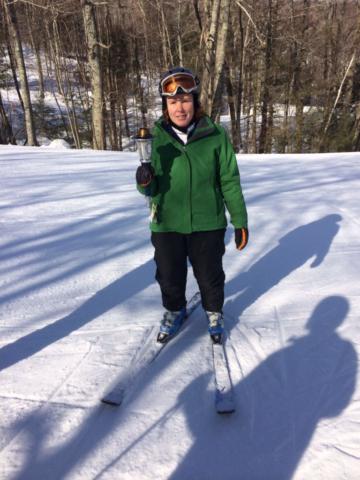 Thrive alpine skier